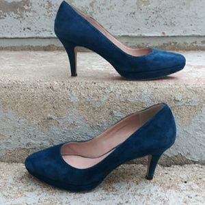 Vince camuto blue suede heels.  Size 6 1/2